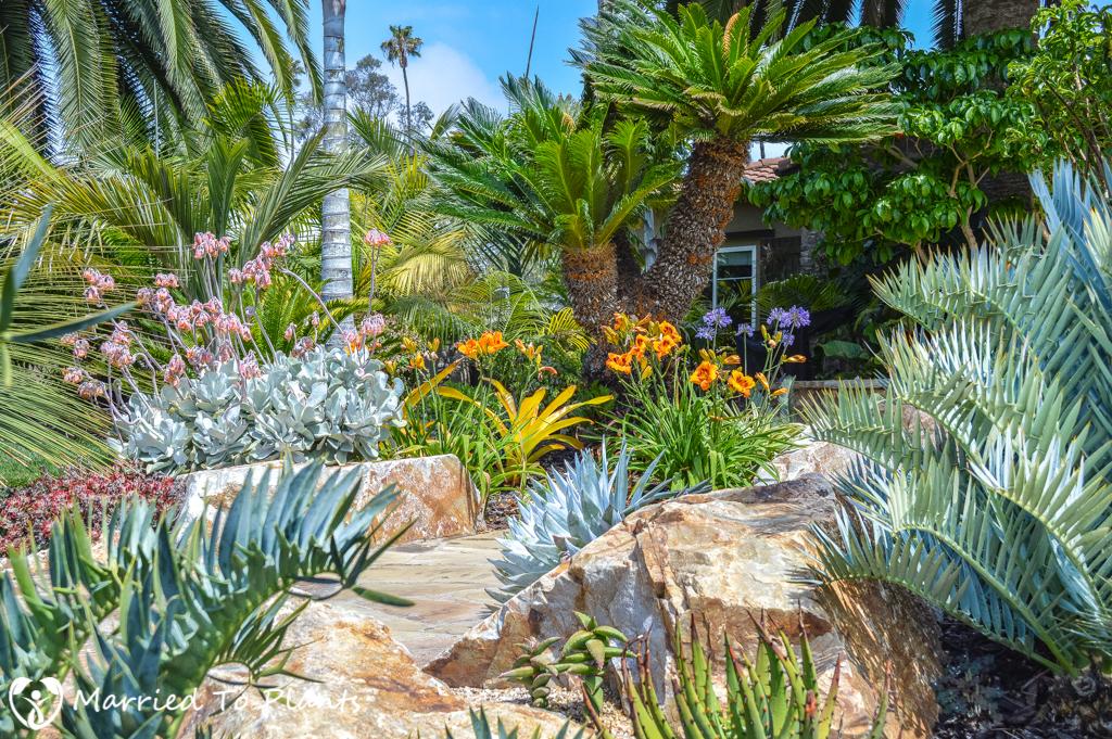 Geiger Garden Front Walk