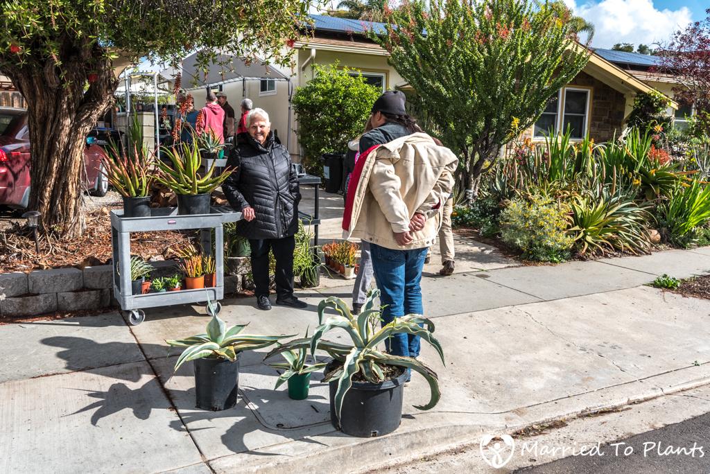Bjorklund Garden Plant Sale Buyers